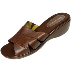 Naturalizer Thornton Brown Leather Sandals 8.5M